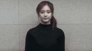 Tzuyu (Twice) quay video xin lỗi công khai về scandal chính trị