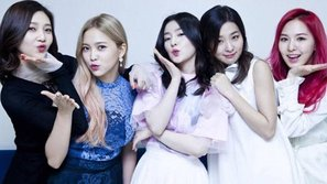 Inkigayo: Red Velvet ngơ ngác nhìn nhau khi chiến thắng