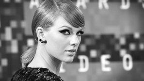 Taylor Swift bị kiện khiến fan hốt hoảng