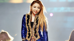 YG và Park Bom là nguyên nhân khiến Minzy rời nhóm 2NE1?