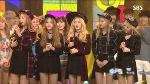 Red Velvet liên tiếp ẵm cup với hit