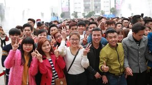 Đông đảo bạn trẻ háo hức tuyển sinh VN Idol mùa thứ 7