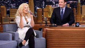 Fan choáng vì Christina Aguilera nhái giọng Britney Spears quá đỉnh