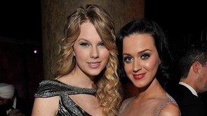 "Katy Perry trả đũa Taylor Swift bằng ""Crocodile Tears"""