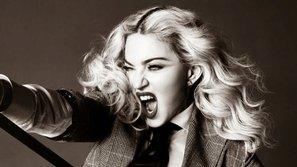 """Madonna quay lại  bảng xếp hạng Hot 100 với """"B*** I'm Madonna"""""""