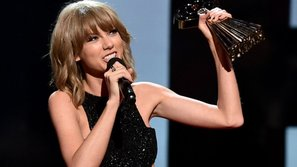 Taylor Swift đại thắng tại iHeartRadio Music Awards