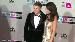 Justin Bieber xin Selena tha thứ qua ca khúc mới