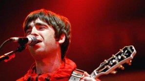Noel Gallagher trình diễn trên BBC