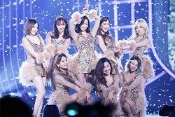 """Girlgroup xứ Hàn: """"Người lên kẻ xuống"""""""