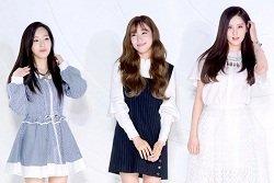 Taeyeon tự tin catwalk sau tai nạn sân khấu và tin đồn ghẻ lạnh Seohyun