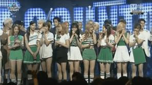 M!Countdown 26/5: Tuần thứ 4 quảng bá, Twice vẫn dễ dàng giành chiến thắng trước AOA