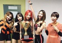 """Show Champion 8/6: EXID giành chiến thắng thuyết phục với """"L.I.E!"""""""