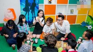 Isaac tranh thủ lấy lòng các thiên thần Vietnam Idol Kids