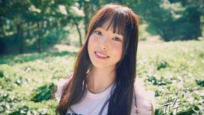 Yuju (G-Friend) giải thích vì sao cô bị gãy tay