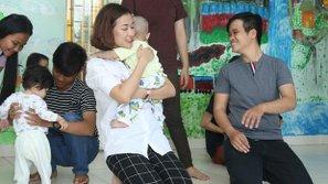 Maya không kìm được nước mắt khi thăm trẻ mồ côi