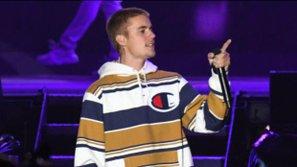 Justin Bieber thể hiện
