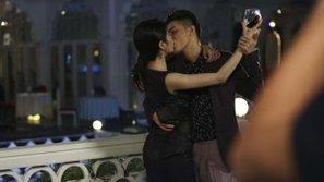 Điểm danh những nụ hôn nóng bỏng như phim Hàn của Vpop