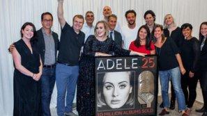 Adele giành chứng nhận đĩa kim cương với album