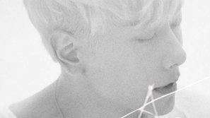 """""""Ông hoàng ballad"""" Hàn Quốc """"vượt mặt"""" dàn idol đình đám trên các bảng xếp hạng"""