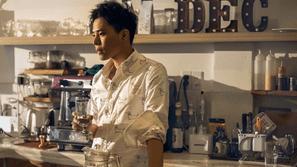 """Trịnh Thăng Bình họp fan toàn quốc để quảng bá album """"Anh, em và ai"""""""