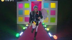 Bạn có còn nhớ màn catwalk thần thánh này của G-Dragon (Big Bang)?