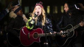 Madonna đích thân biểu diễn, kêu gọi bỏ phiếu cho bà Hillary Clinton