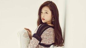"""Tiếp tục đăng ảnh """"thả rông"""", Sulli đang dần khiến netizen cảm thấy thương xót nhiều hơn?"""