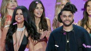 Phấn khích vì được khen đẹp, Selena Gomez say sưa nghe nhạc do The Weeknd viết tặng