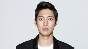 Viết thư cảm ơn người hâm mộ đã tin tưởng, Kim Hyun Joong lại bị netizen xỉa xói