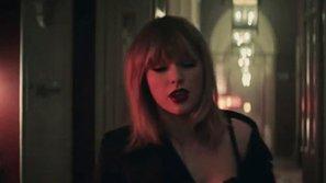 """Taylor Swift nóng bỏng, gợi cảm đến nghẹt thở trong teaser nhạc phim """"50 sắc thái"""""""