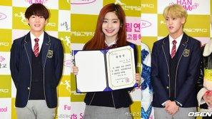 Sau SOPA, lễ tốt nghiệp của Hanlim lại khiến fan phát sốt vì sự có mặt của đông đảo idol Kpop
