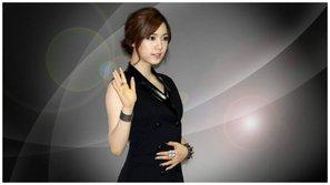 Bị nghi đá xéo fan KPOP, Instagram của Hwayoung ngập tràn chỉ trích từ cư dân mạng