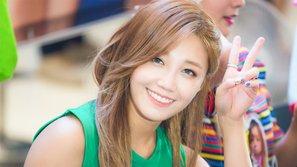 Netizen nể phục khi Eunji (A Pink) thẳng thắn nói lên vai trò của phụ nữ trong hôn nhân