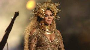 Nhân vật đằng sau bộ cánh lộng lẫy của Beyoncé tại Grammy là ai?