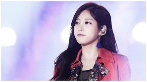 Knet hối hận vì từng cười chê việc Soyeon (T-ara) đi làm từ thiện