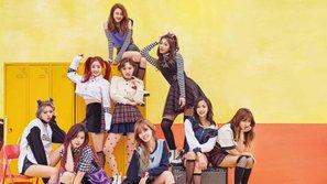 """Twice lập kỷ lục 50 triệu view mới với MV """"Knock Knock"""""""