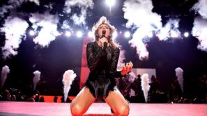 Cái kết đắng dành cho những fan cuồng từng đột nhập vào nhà Taylor Swift