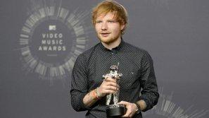 """""""Hoàng tử tình ca"""" Ed Sheeran bất ngờ tham gia """"Game of Thrones 7"""""""