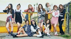 """""""Em gái SEVENTEEN"""" chính thức chào sân Kpop với MV đầy năng lượng """"WEE WOO"""""""