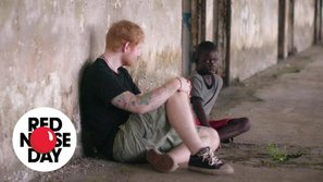 Rơi nước mắt khi xem cảnh Ed Sheeran giải cứu trẻ em bị lạm dụng tình dục