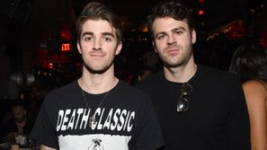 The Chainsmokers dẫn đầu danh sách đề cử Billboard Music Awards 2017