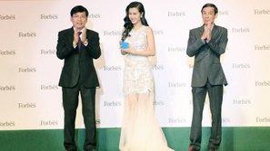 Đông Nhi rạng rỡ trong đêm trao giải top 50 phụ nữ ảnh hưởng nhất Việt Nam