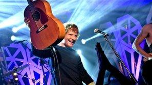 Vừa mở bán, tour của Ed Sheeran cháy vé chỉ trong chớp mắt