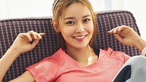 Fan phát sốt với bộ ảnh tạp chí mới của Sooyoung (SNSD)