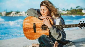Diva nhạc đồng quê Shania Twain công bố album mới sau 15 năm vắng bóng