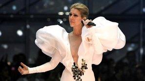Celine Dion khiến fan nghẹn ngào khi hát lại nhạc phim Titanic tại BBMAs 2017