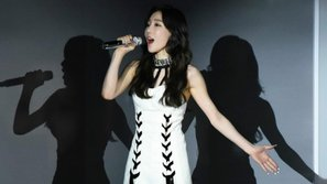 Taeyeon (SNSD) tạm dừng concert vì phát hiện