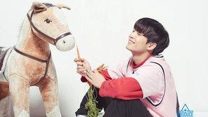 """""""Produce 101"""" bị cơ quan chức năng """"sờ gáy"""" vì phát sóng bình luận ác ý nhắm vào Kim Jong Hyun"""