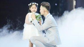 """Ali Hoàng Dương và Trang Pháp khiến hàng triệu bà mẹ rơi nước mắt với ca khúc """"Đừng để con một mình"""""""