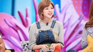 Lý do gì khiến JeongYeon (TWICE) lo lắng về việc nuôi tóc dài?